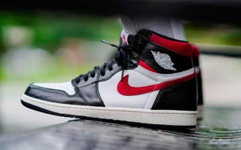 """Air Jordan 1 Retro High OG """"Gym Red"""" 红钩黑脚趾,货号:555088-061"""