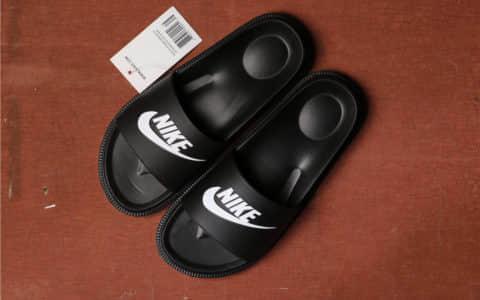 Nike WMNS NIKE TANJUN SANDAL黑色 耐克真标高品质泡棉拖鞋 货号:882694-001