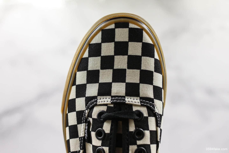 万斯Vans Authentic黑白棋盘格真标带半码 休闲帆布板鞋真标硫化大底 货号:VN0004MKIBB