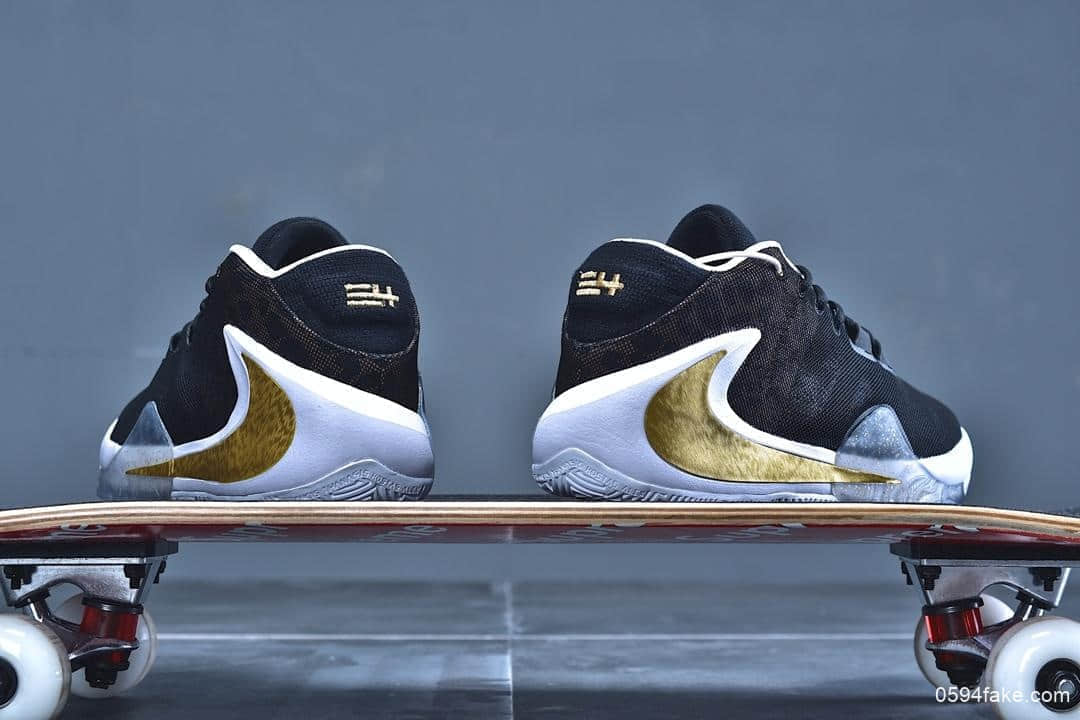 耐克Nike Zoom Freak 1纯原版本字母哥一代签名款黑金倒钩原楦开发内置后掌双气垫 货号:BQ5422-007