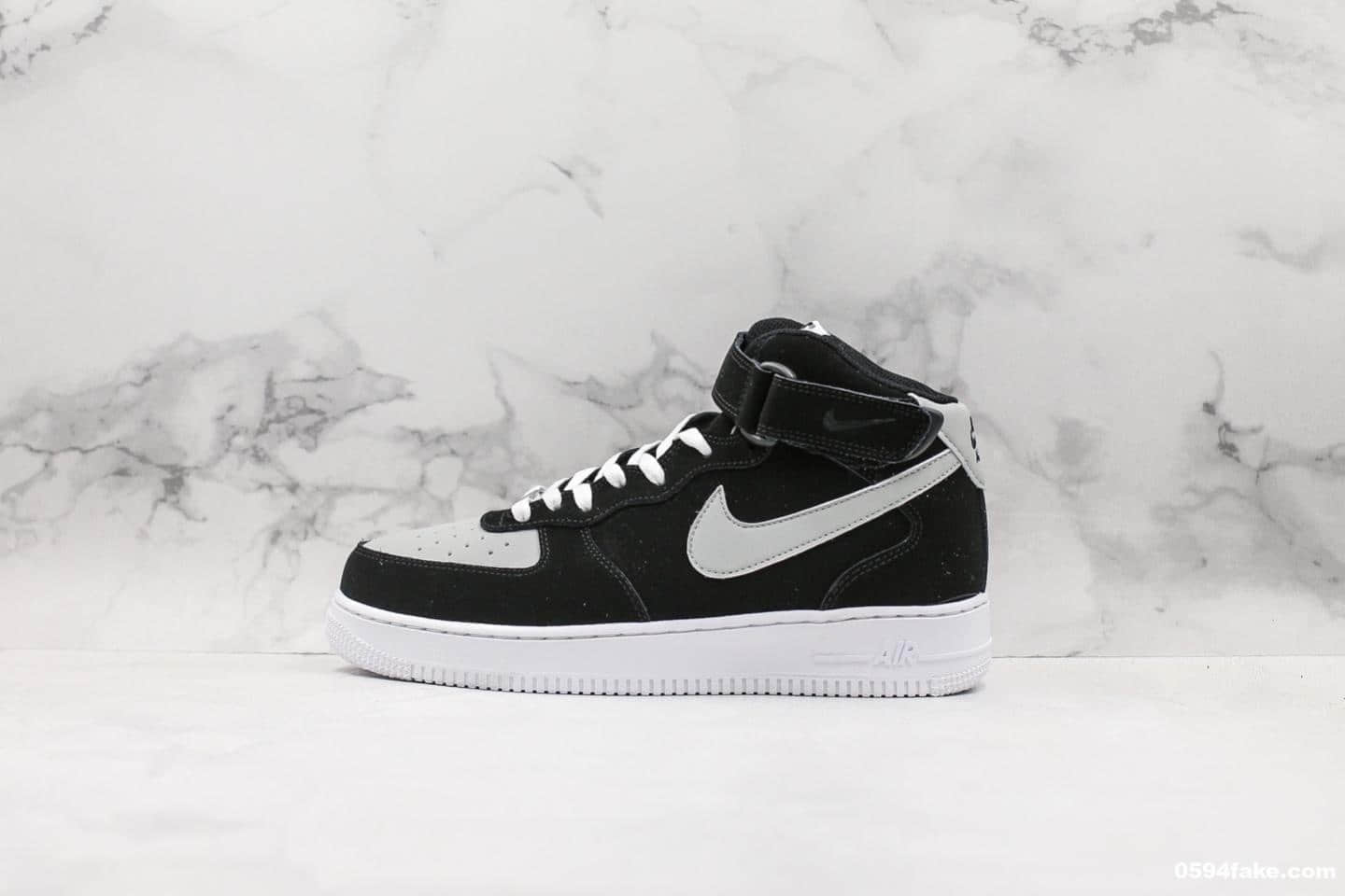 耐克Nike Air Force 1 MID' 07空军‎中‎