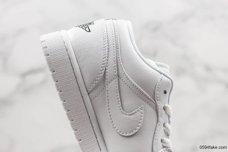 耐克Nike Air Jordan 1 Low GS公司级版本乔丹AJ1低帮纯白黑标后张sole气垫原鞋开模 货号:553560-101