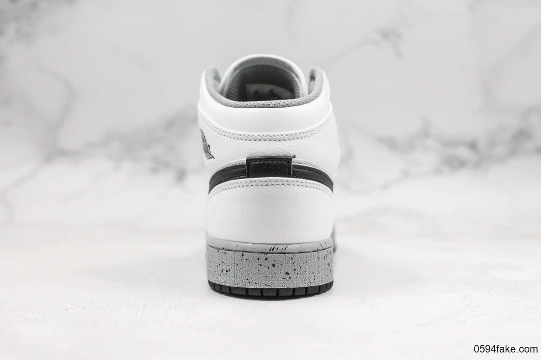 乔丹Air Jordan 1 Mid公司级版本AJ1白水泥配色原盒原标原楦头纸板打造乔丹实战篮球鞋 货号:554725-115