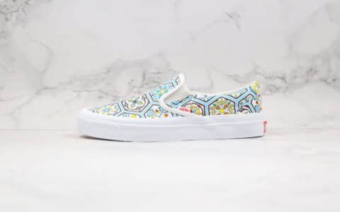 万斯Vans Vault OG Classic Slip-On LX True White x KITH联名款公司级版本低帮硫化板鞋一脚蹬摩洛哥瓷砖涂鸦印花图案原厂硫化大底