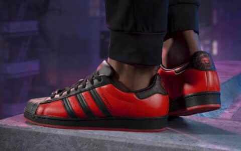 黑蜘蛛侠贝壳头!漫威 x PS x adidas三方联名Superstars即将发售! 货号:GV7128