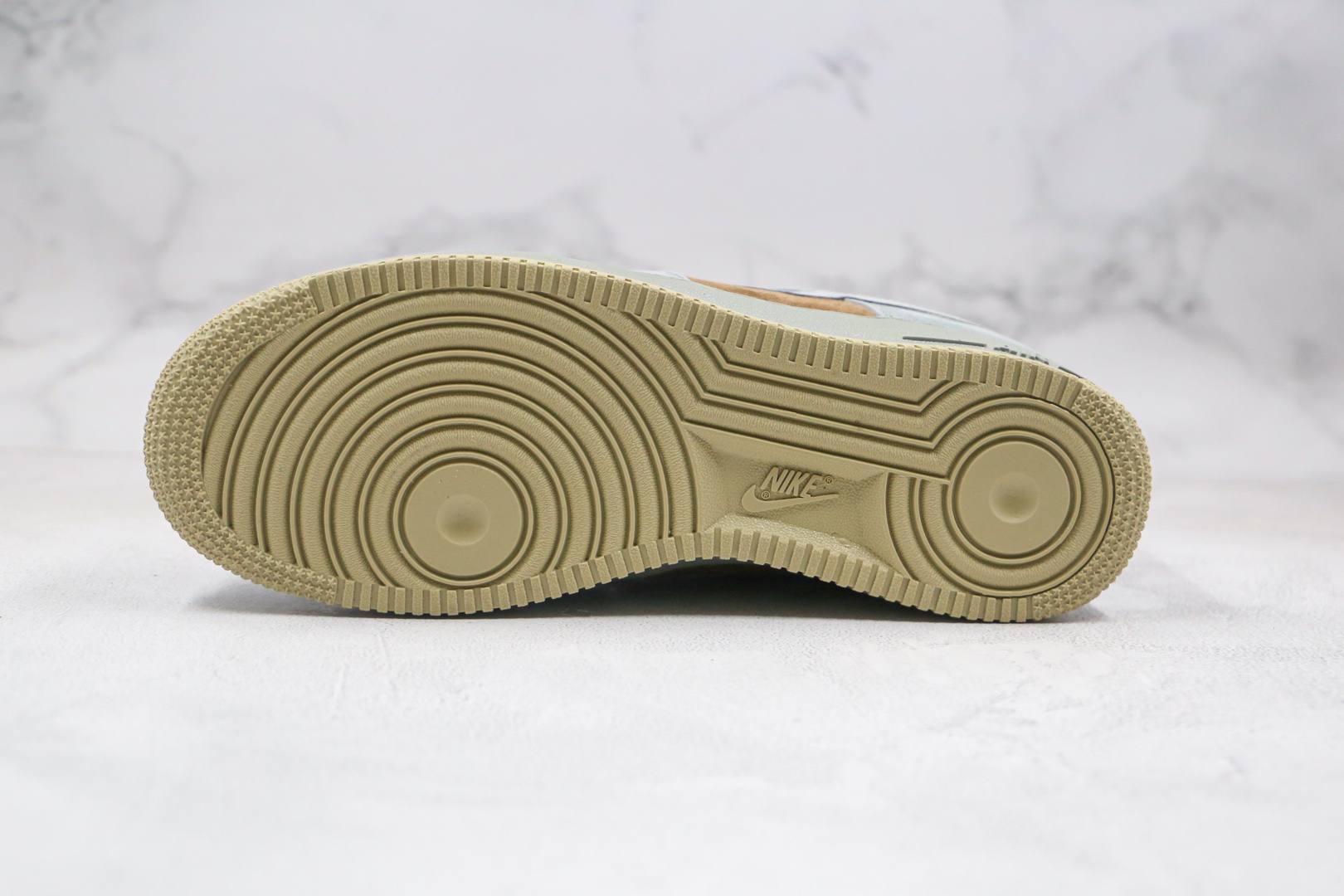 耐克Nike Air Force 1 Low Christmas纯原版本低帮空军一号圣诞节配色板鞋内置气垫原盒原标 货号:CQ5059-101