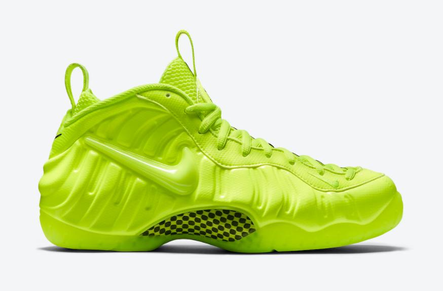 """超亮眼的喷泡球鞋!荧光绿泡Nike Air Foamposite Pro """"Volt""""复刻回归! 货号:624041-700"""