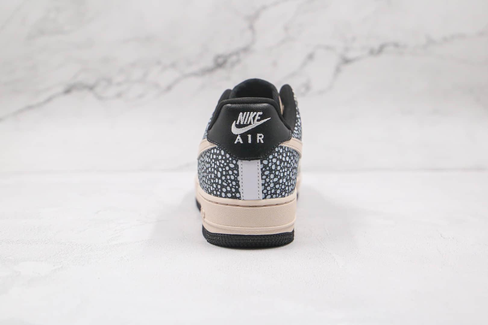 耐克Nike Air Force1 HO20 BG纯原版本低帮空军一号大理石纹蜂窝水滴米白黑色板鞋内置气垫 货号:DH2474-001
