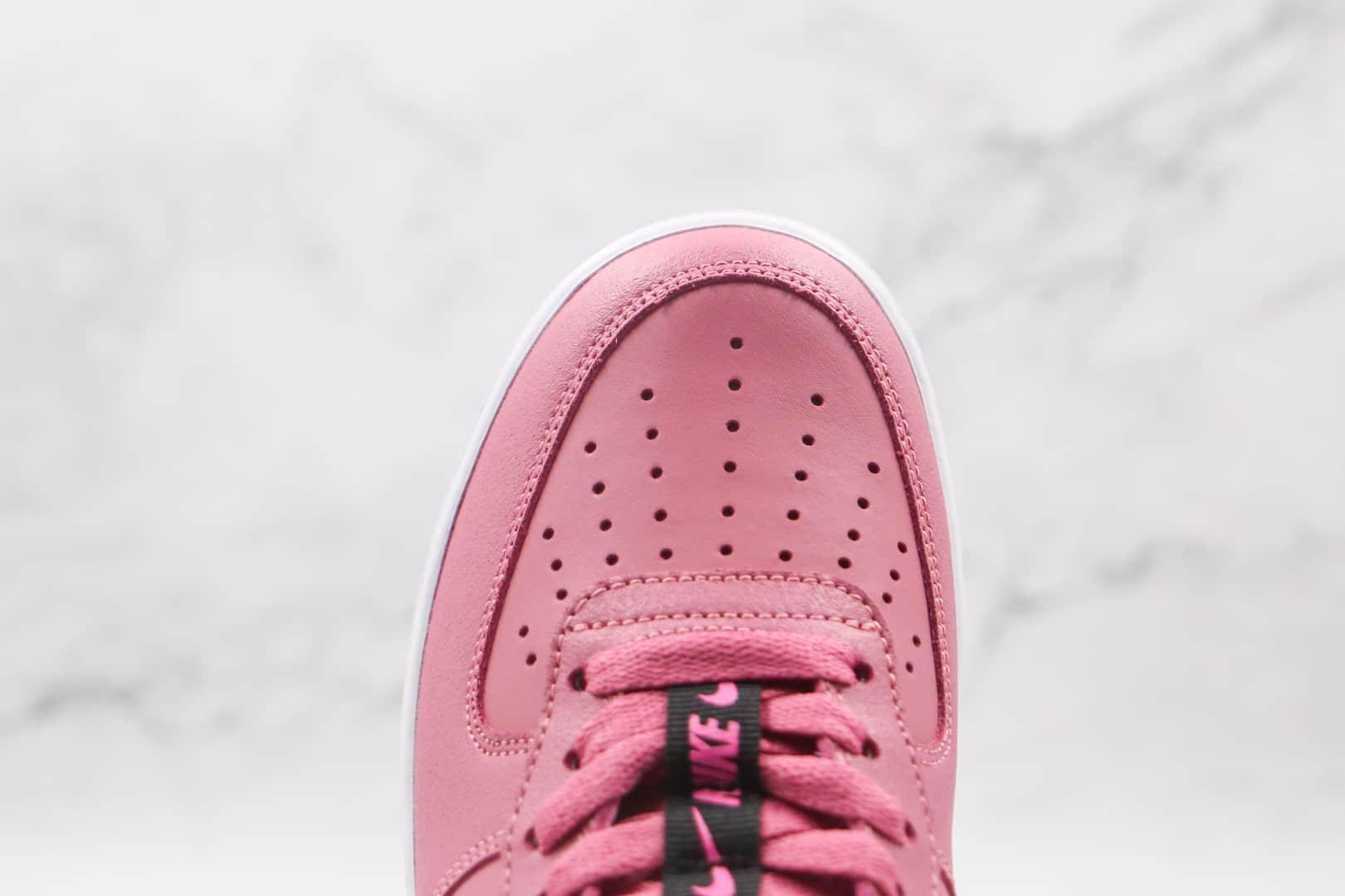 耐克Nike Air Force 1 LVB KSA纯原版本低帮空军一号玫红粉色皮面刺绣3M反光勾板鞋正确鞋面材质 货号:CT4683-600