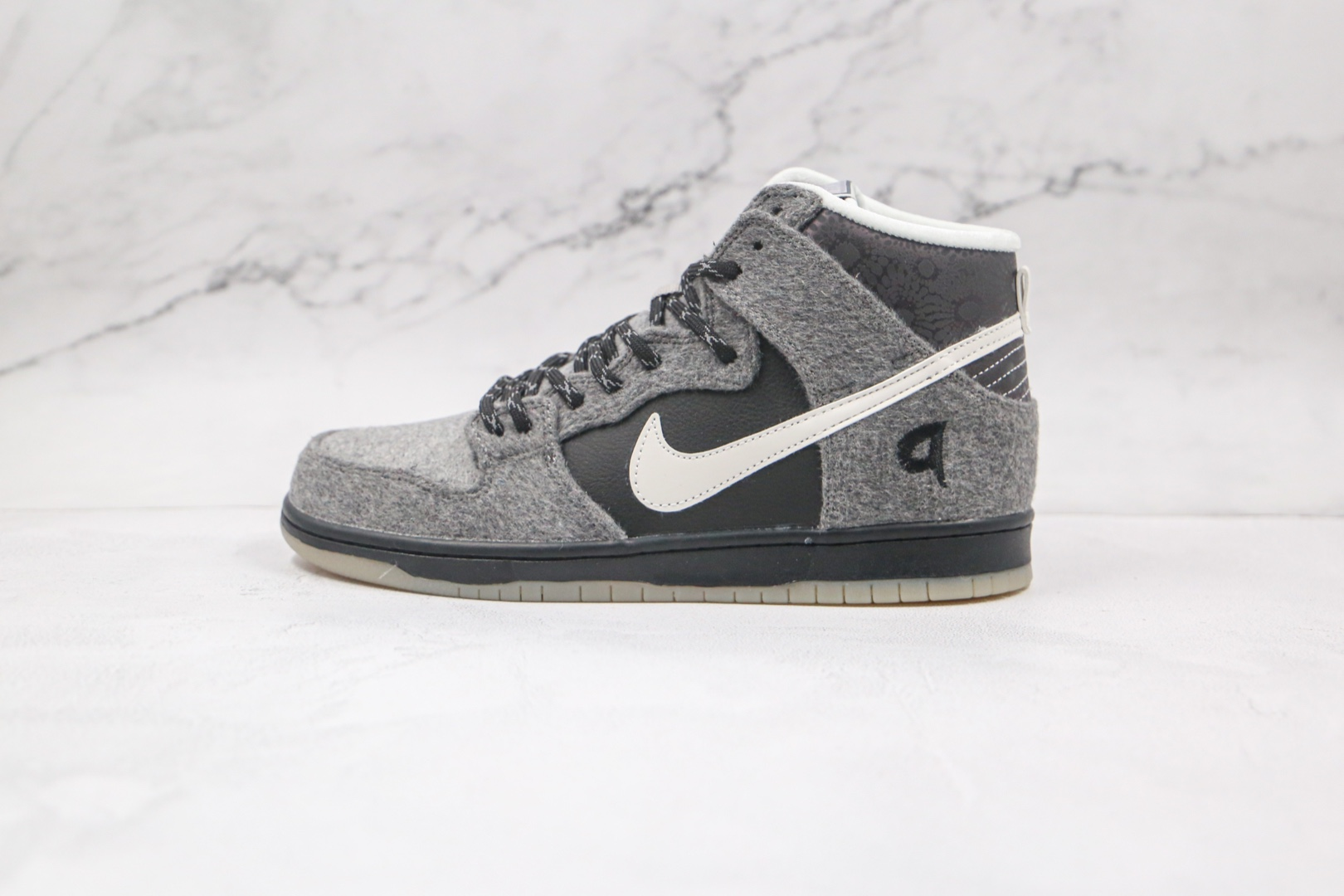 耐克Nike DUNK HIGH SB PREMIER SE Petoskey纯原版本高帮SB DUNK雪花灰黑羊毛板鞋原楦头纸板打造 货号:645986-010