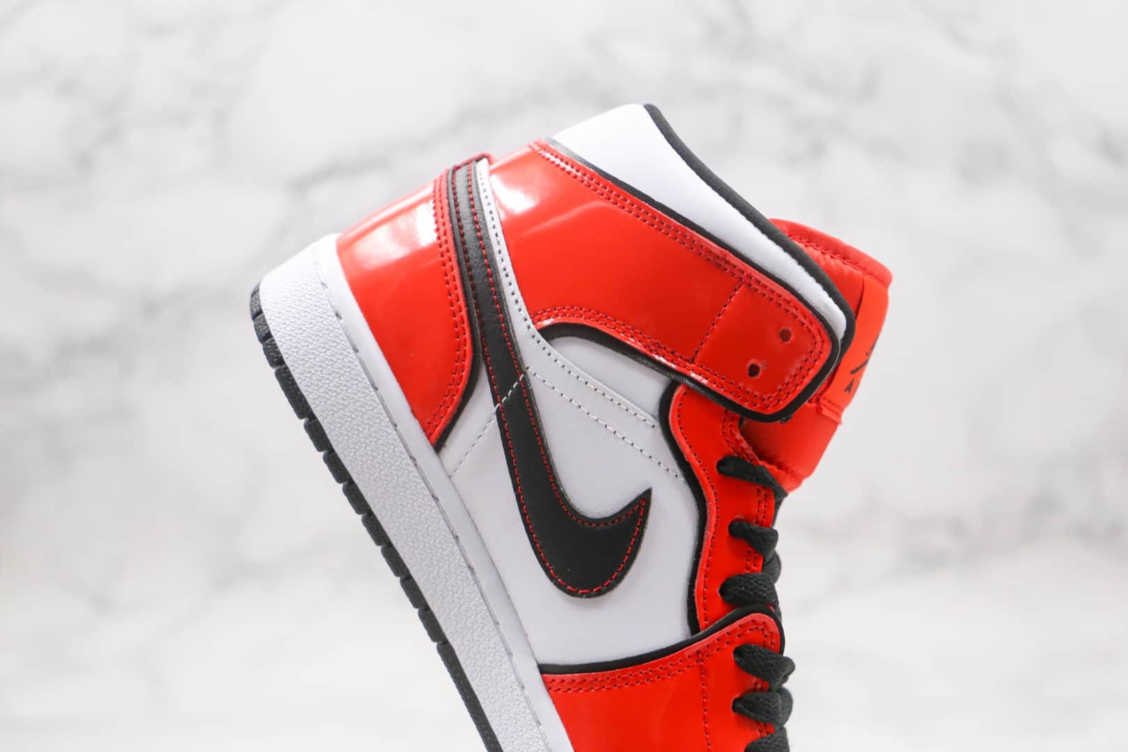 乔丹Air Jordan 1 Mid Turf Orange纯原版本中帮AJ1白红黑线篮球鞋原档案数据开发 货号:DD6834-802