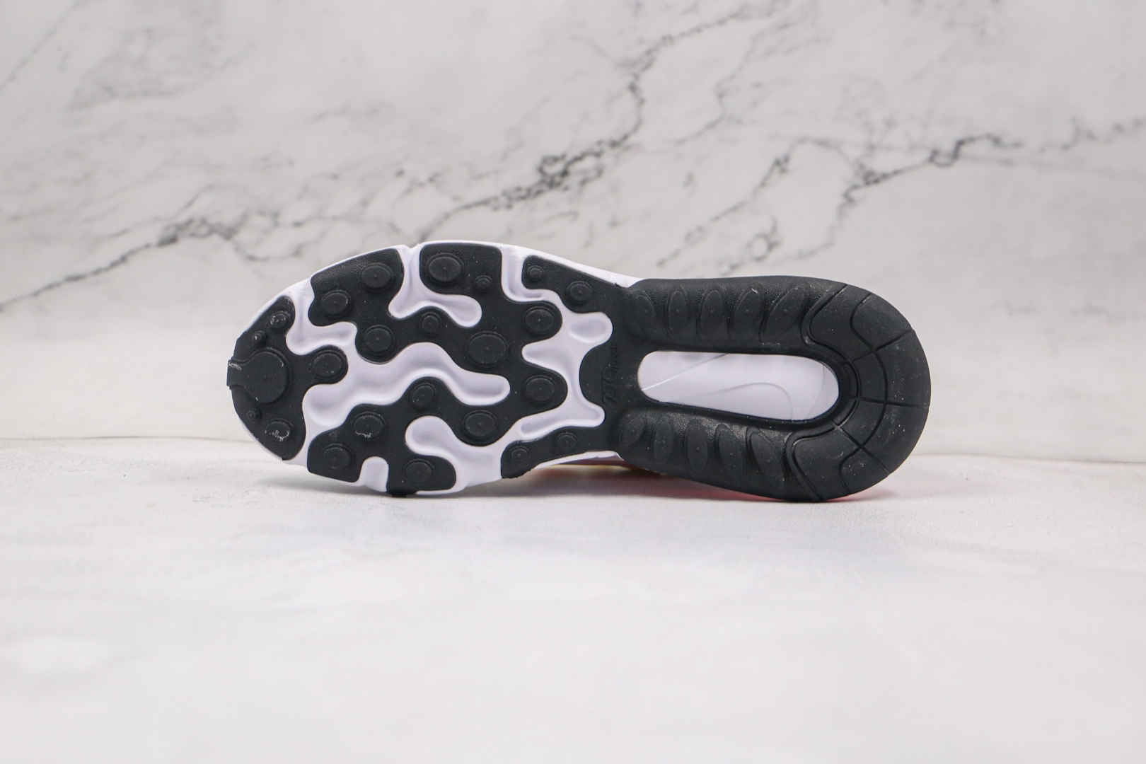 耐克Nike React Air Max 270V2纯原版本半掌气垫Max270白绿色跑鞋原厂真小潘气垫 货号:CV8818-102