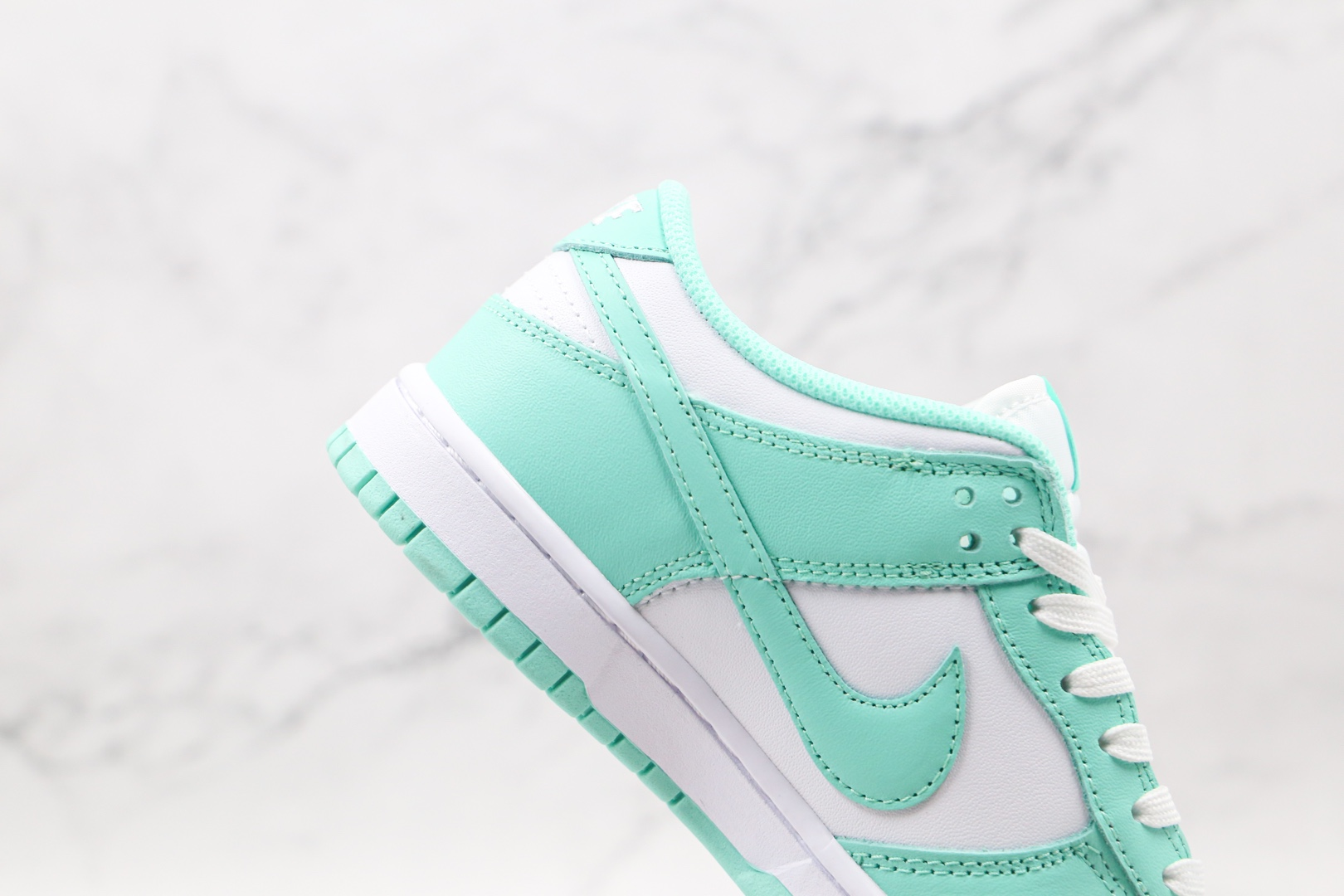 耐克Nike Dunk Low Green Glow纯原版本低帮SB DUNK蒂芙尼白绿配色板鞋原楦头纸板打造 货号:DD1503-105