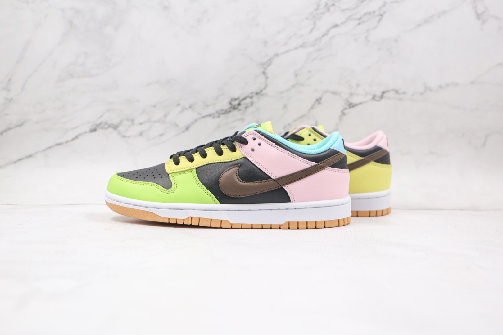 耐克Nike SB Dunk Low Free 99纯原版本低帮SB DUNK绿黑粉棕蓝黄彩色拼接鸳鸯板鞋内置后跟Zoom气垫 货号:DH0925-001