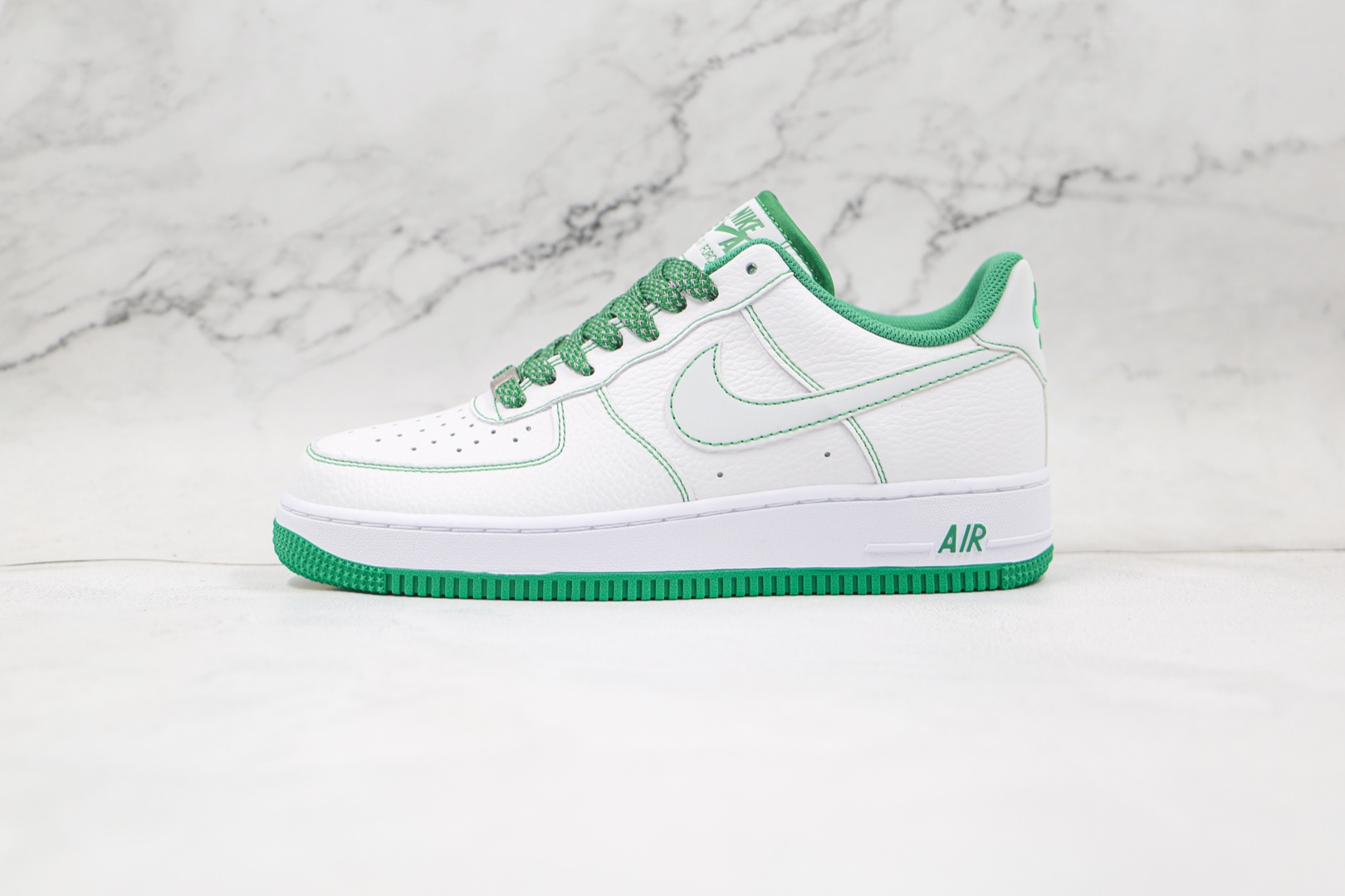 耐克Nike Air Force 1 '07纯原版本低帮空军一号白绿缝线板鞋内置气垫 货号:CN2896-103