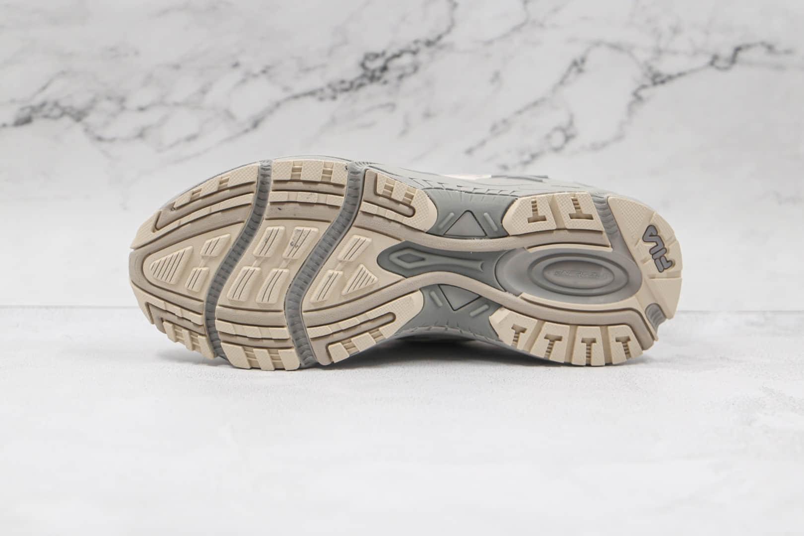 斐乐FILA纯原版本灰米白色老爹鞋原楦头纸板打造原盒原标