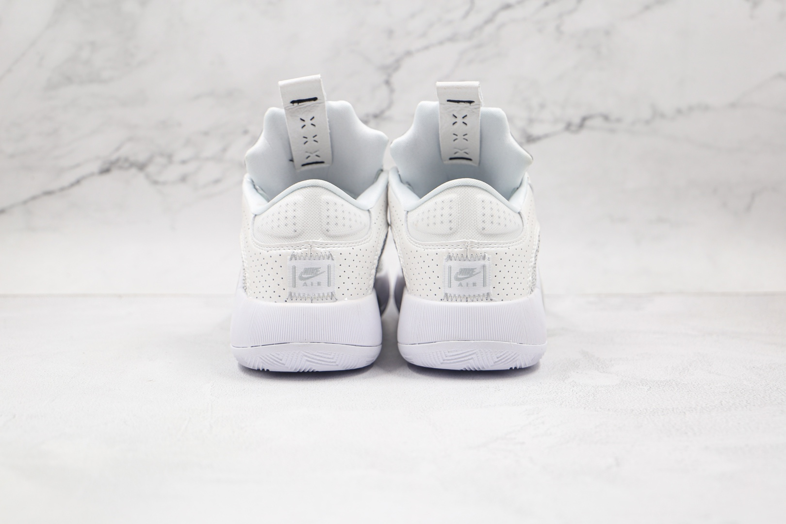 乔丹AIR JORDAN XXXV LOW PF纯原版本银白色AJ35篮球鞋内置Zoom气垫支持实战 货号:CW2459-100