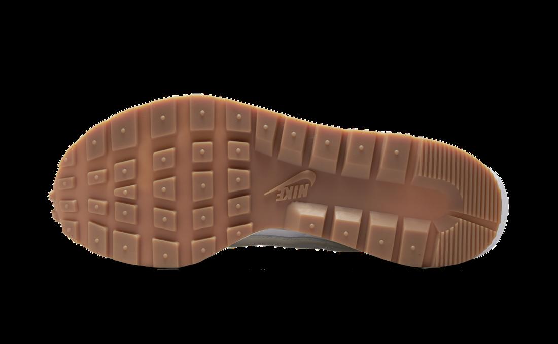 """全新 sacai x Nike VaporWaffle""""Sail""""官图曝光!简约百搭! 货号:DD1875-100"""