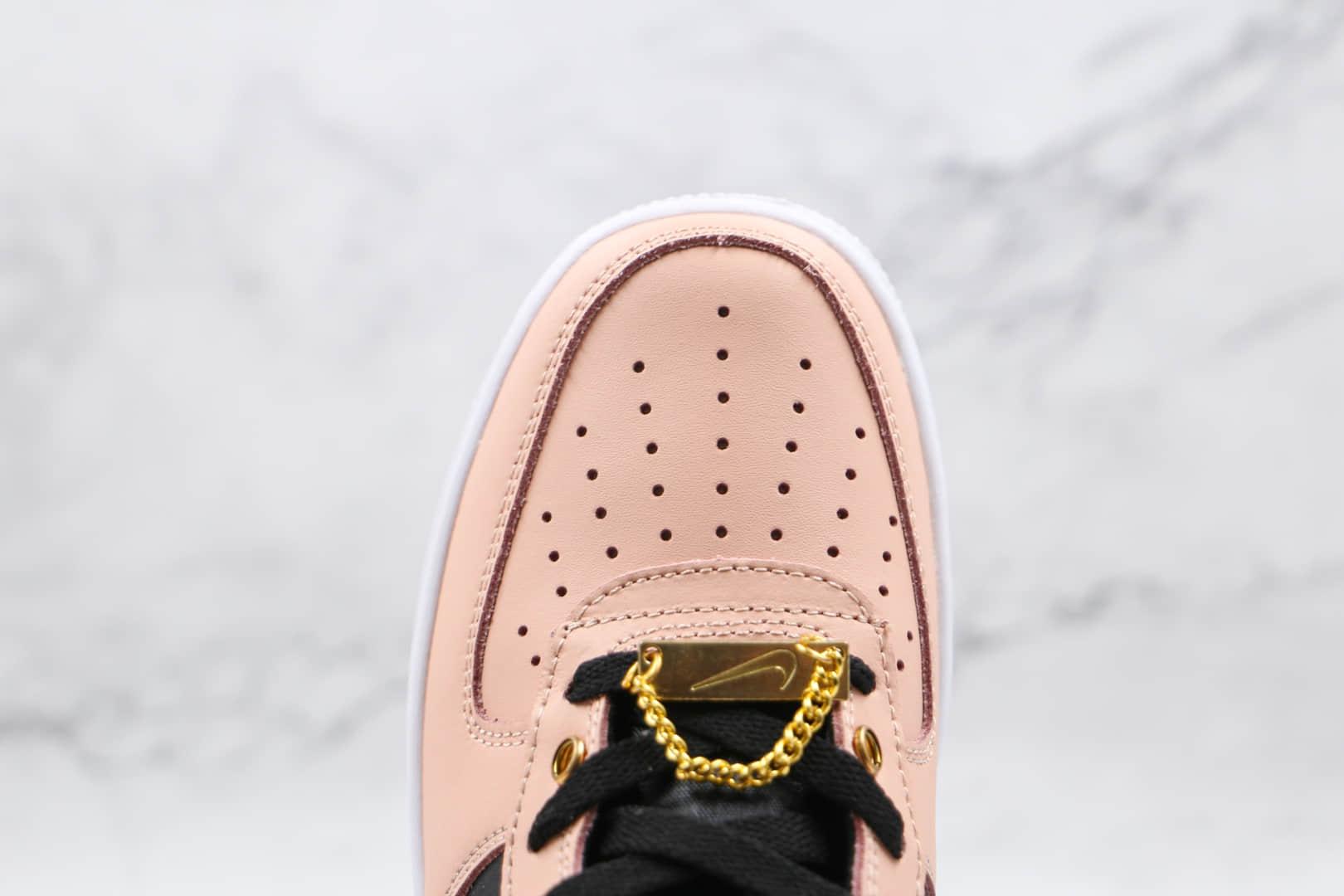 耐克Nike Air Force 1 Low纯原版本低帮空军一号粉黑色金属饰品板鞋原档案数据开发 货号:DA8571-200