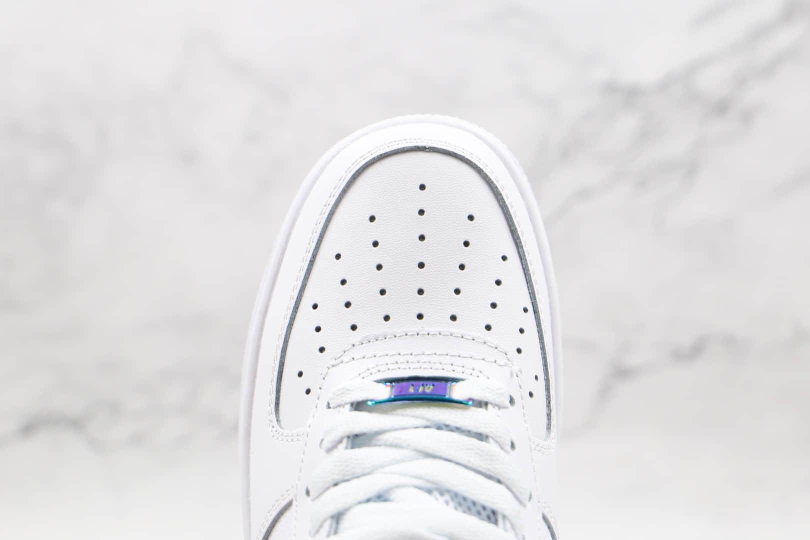 耐克Nike Air Force 1 Low纯原版本低帮空军一号白色镭射钩板鞋原楦头纸板打造 货号:DN4925-100