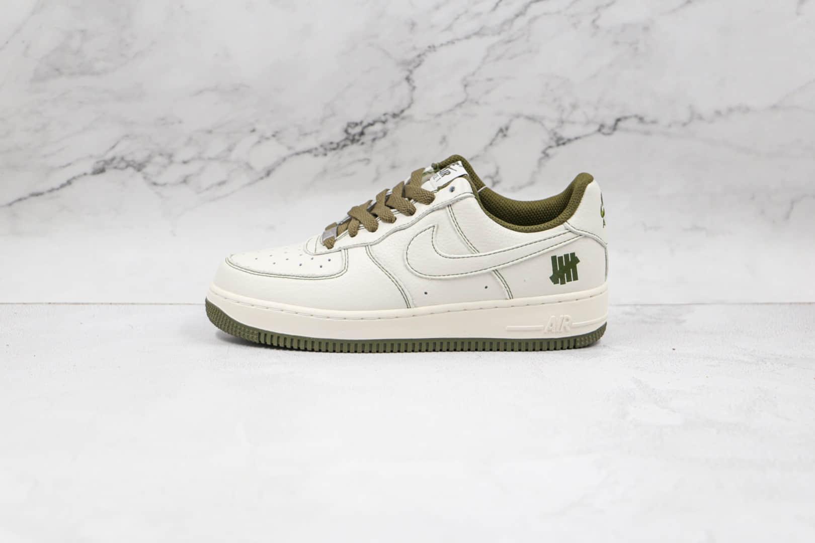 耐克Nike AIR FMRCE 1 LOW x Undefeated联名款纯原版本低帮空军一号白绿缝线HH板鞋内置气垫 货号:UN1315-600