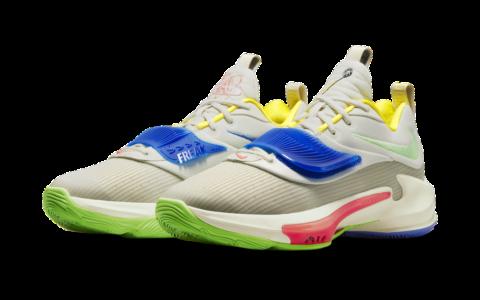 字母哥第三代签名战靴Zoom Freak 3新配色即将登场!实战日常都能穿! 货号:DA0695-100