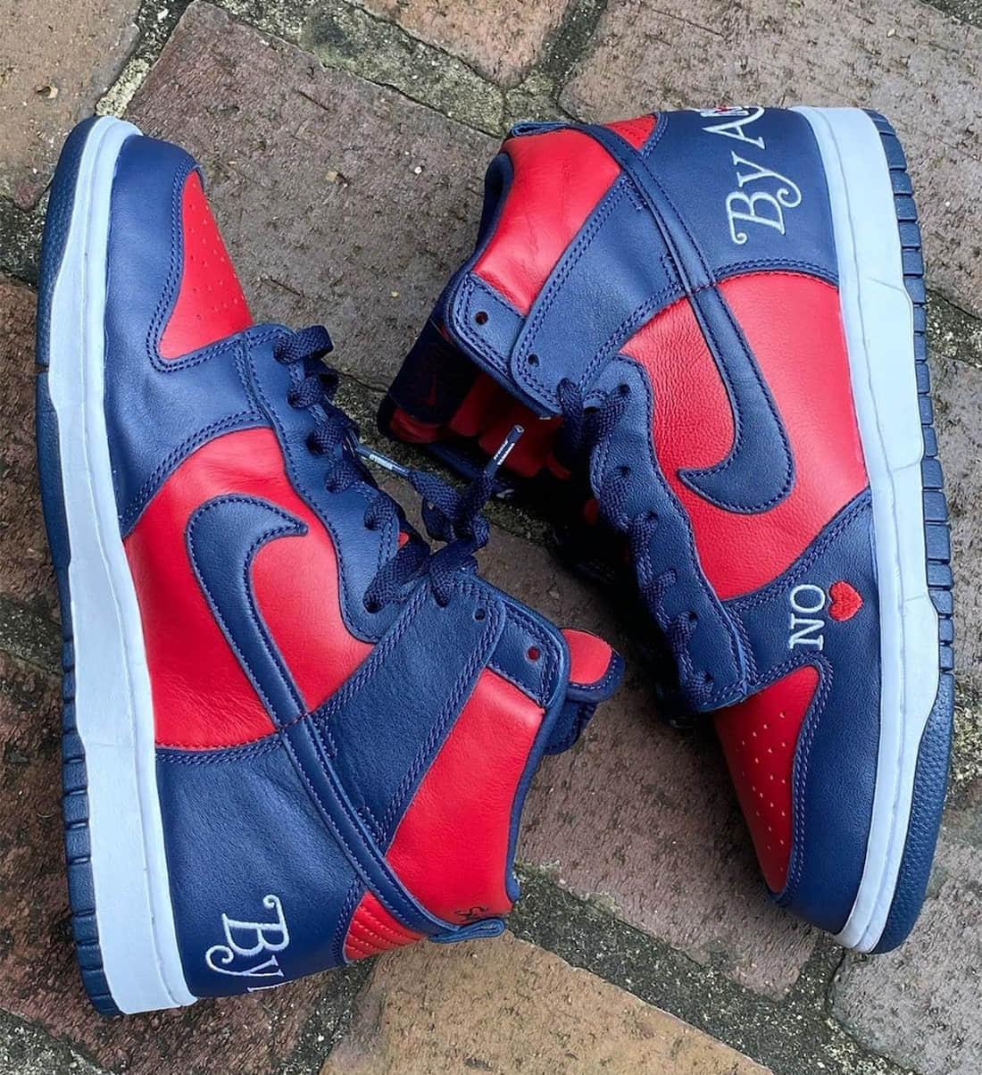 Supreme x Nike SB Dunk第二款配色曝光!红蓝撞色有点抢眼!