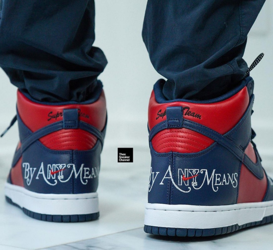 红蓝Supreme x Nike SB Dunk上脚图释出!你会入手吗?