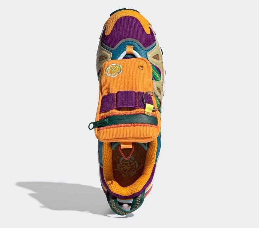 带兜+面罩!灯芯绒大师 x 迪士尼 x adidas三方联名惊艳亮相! 货号:GY8341