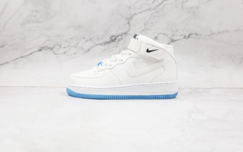 耐克Nike Air Force 1 07纯原版本中帮空军一号纯白紫外线变色板鞋原鞋开模一比一 货号:DA8301-102