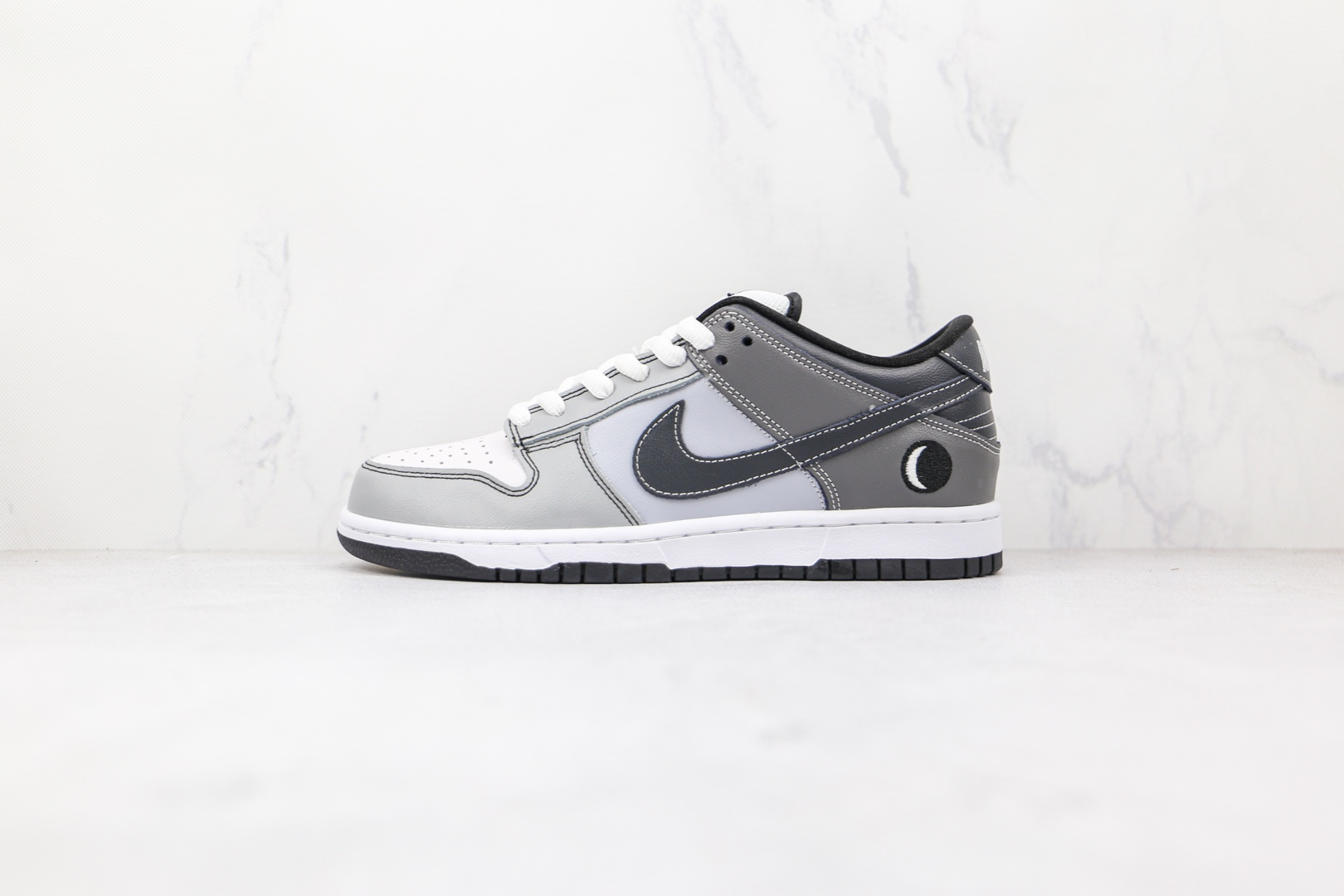耐克Nike SB Dunk Low Lunar Eclipse East纯原版本低帮SB DUNK月亮灰黑色板鞋内置气垫 货号:313170-002