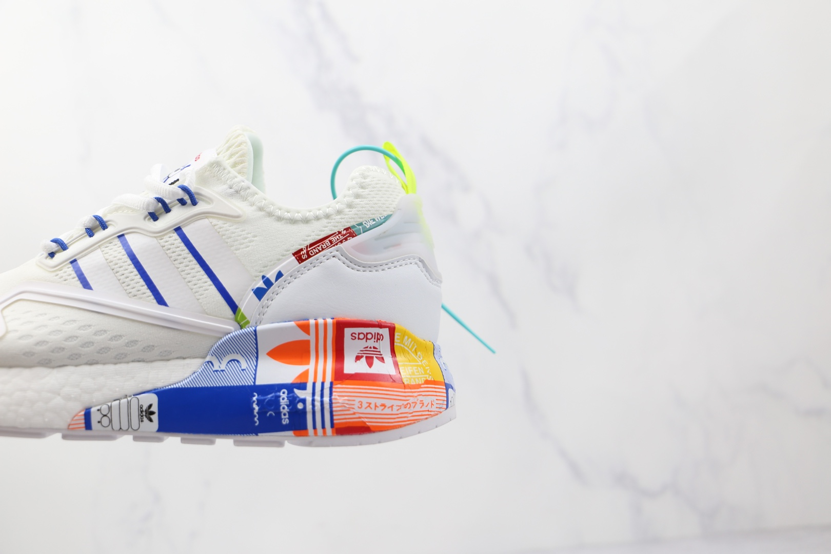 阿迪达斯Adidas Originals ZX 2K Boost纯原版本白蓝色ZX 2K阿迪印花爆米花跑鞋原盒原标 货号:GX2718