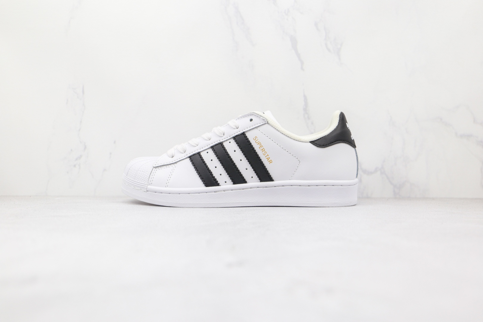 阿迪达斯Adidas Originals Superstar纯原版本三叶草金标贝壳头板鞋原装软蓝底 货号:C77124