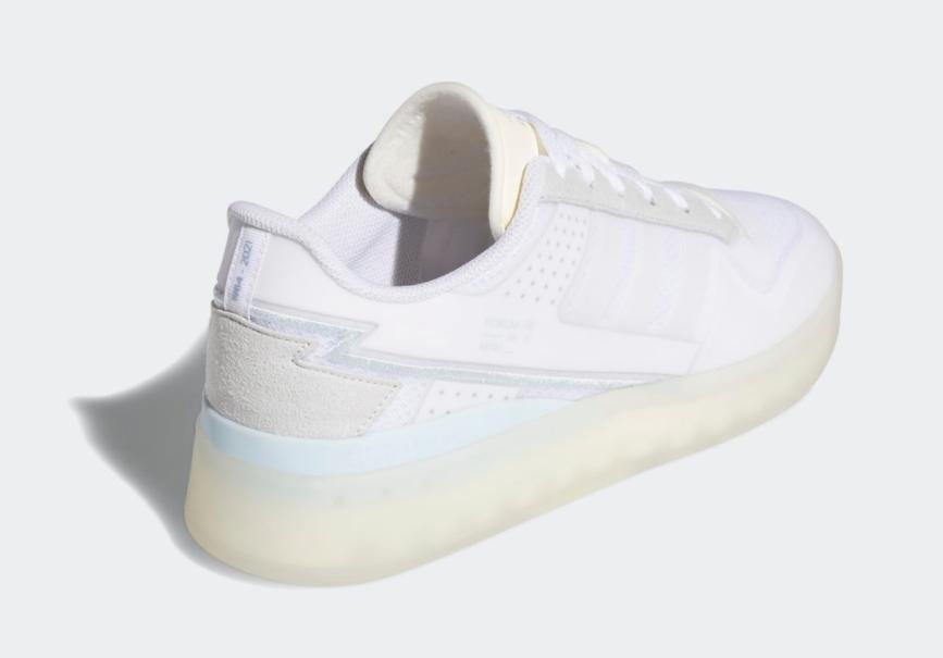 当复古篮球鞋遇上全掌Boost!全新adidas Forum Tech Boost现已发售! 货号:Q46357