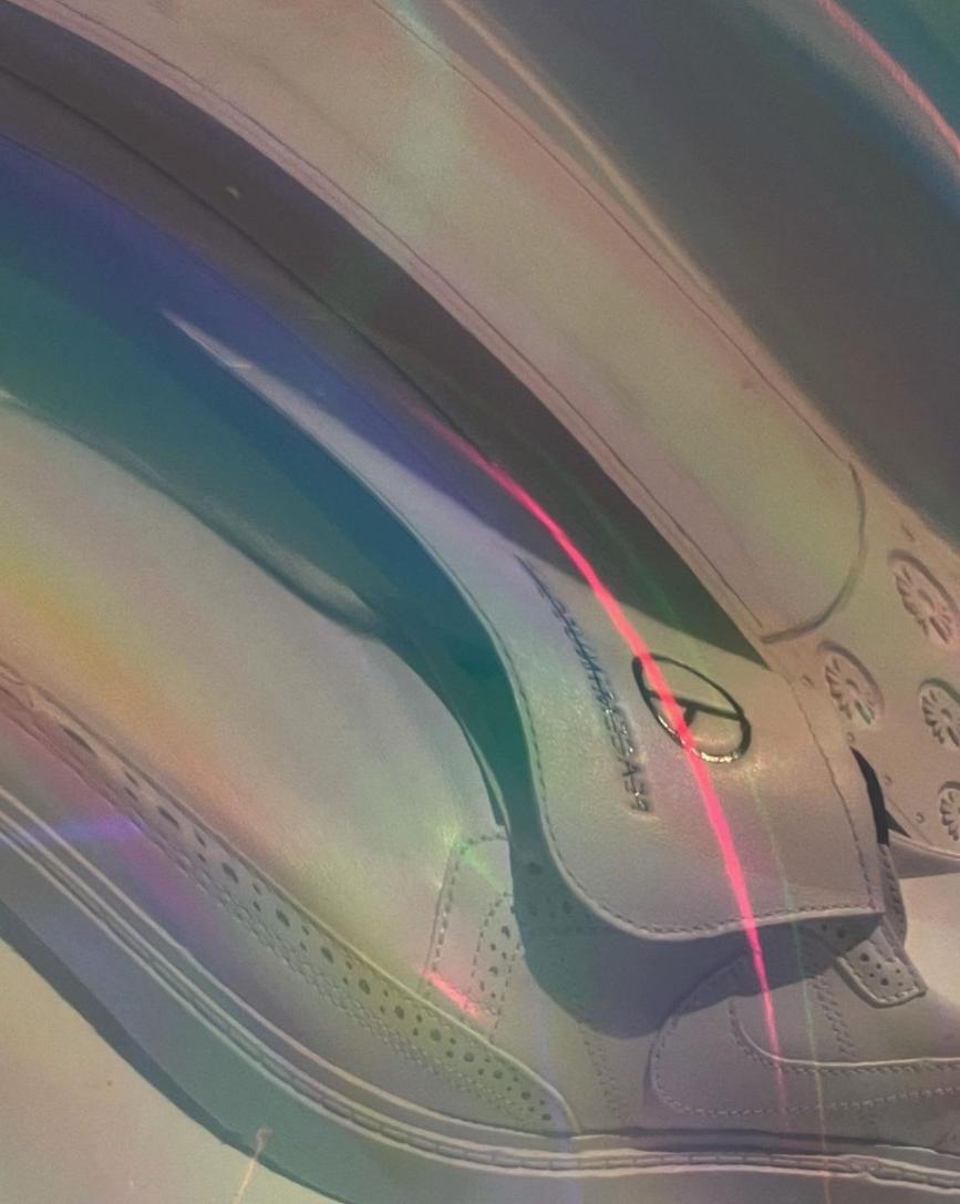 权志龙Nike新联名实物曝光!这小皮鞋你爱了吗?